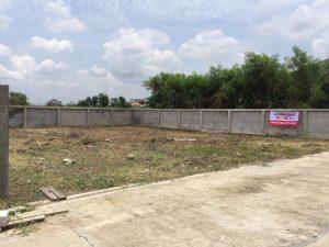 ด้านหน้าที่ดิน แถวสวนสยาม ถมที่ดินเสร็จเรียบร้อย พื้นที่ 104 ตารางวา ราคาถูก