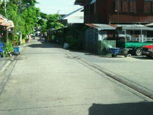 ที่ดิน ถนนเอกชัยบางบอน ถมที่ดินเรียบร้อยแล้ว ขนาดพื้นที่ 2 ไร่