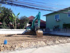 งานถมดินสร้างบ้าน ด้วยดินดาน บดอัดแน่น
